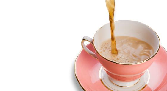ティーカップ「ティーに注ぐポーセリンのカップとソーサー白で分離」:スマホ壁紙(16)