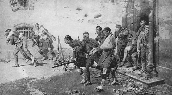 Northern European Descent「Wounded soldiers escape from a bombed church」:写真・画像(17)[壁紙.com]