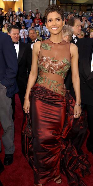 Elie Saab - Designer Label「74th Annual Academy Awards - Arrivals」:写真・画像(19)[壁紙.com]