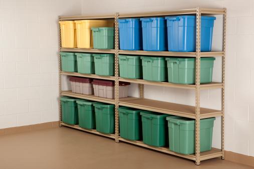 Basement「Storage Containers on Shelf」:スマホ壁紙(5)
