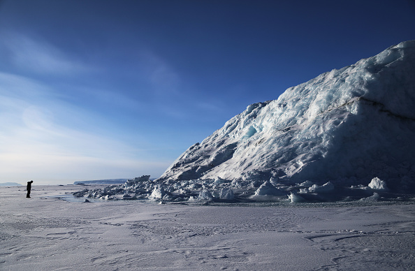 Thule Air Base「NASA Continues Efforts To Monitor Arctic Ice Loss With Research Flights Over Greenland and Canada」:写真・画像(1)[壁紙.com]