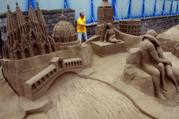 Weston-super-Mare「Sand Sculpture Festival Opens To The Public In Weston Super Mare」:写真・画像(10)[壁紙.com]
