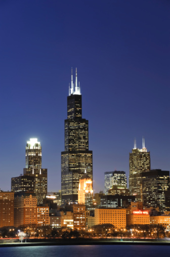 Great Lakes「Chicago skyline and Sears Tower at dusk」:スマホ壁紙(14)