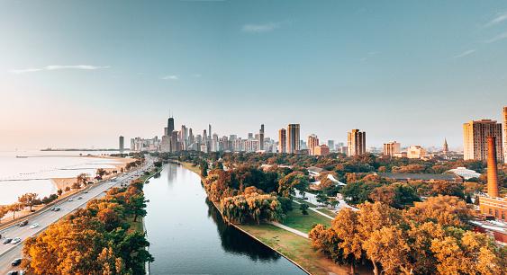 秋「公園からシカゴのスカイライン」:スマホ壁紙(14)