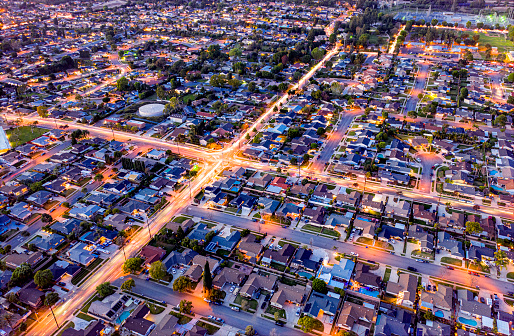 Light Trail「Homes at night in Orange County, California」:スマホ壁紙(18)