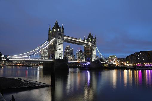 London Bridge - England「London tower bridge dusk sunrise scenics」:スマホ壁紙(15)