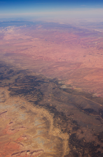 Escarpment「Utah canyons from the air.」:スマホ壁紙(15)