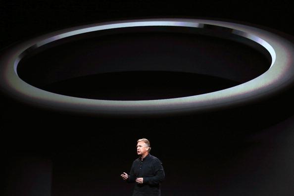 New「Apple Unveils New Versions Of Popular iPad」:写真・画像(11)[壁紙.com]
