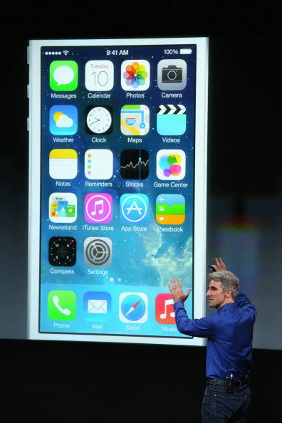 Wireless Technology「Apple Introduces Two New iPhone Models At Product Launch」:写真・画像(13)[壁紙.com]