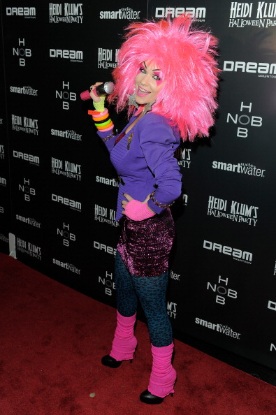 Purple Blazer「Heidi Klum's 12th Annual Halloween Party」:写真・画像(12)[壁紙.com]