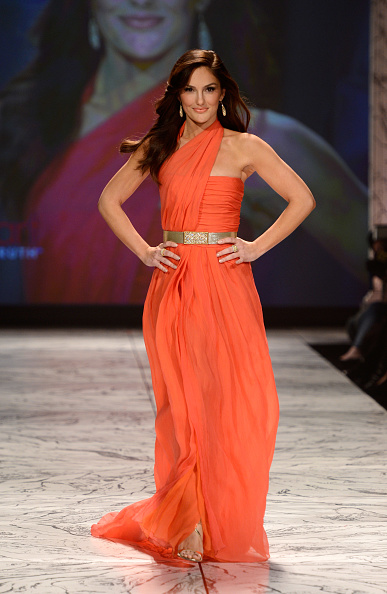 Gold Belt「The Heart Truth 2013 Fashion Show」:写真・画像(19)[壁紙.com]