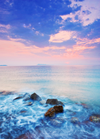 夕焼け 海「海とロックのサンセットです。」:スマホ壁紙(17)