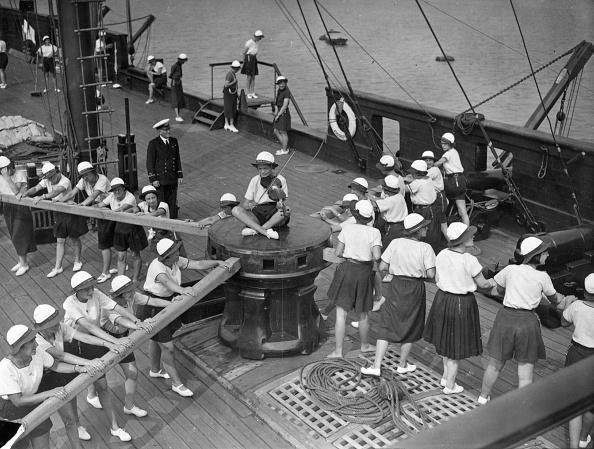 Topical Press Agency「Sea Rangers」:写真・画像(6)[壁紙.com]
