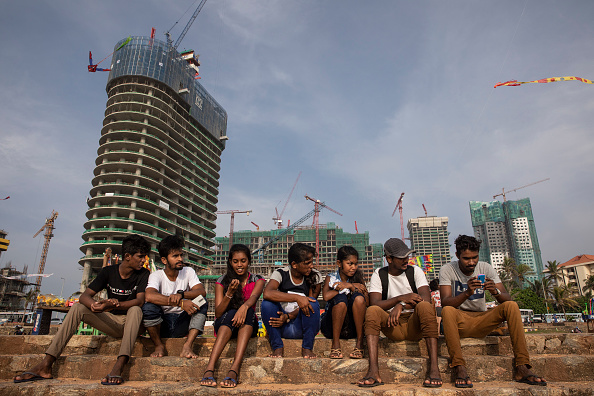 Construction Site「Sri Lanka Sees Economic Growth From Chinese Money」:写真・画像(18)[壁紙.com]
