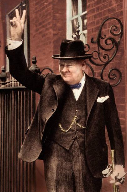 Sir Winston Churchill -:ニュース(壁紙.com)