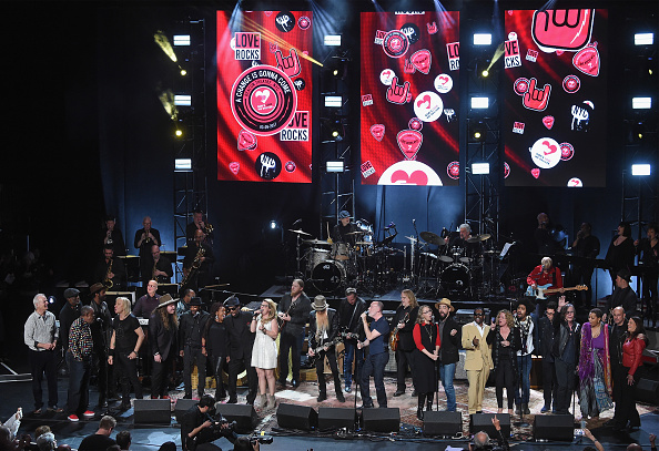 "Beacon Theater「""Love Rocks NYC! A Change is Gonna Come: Celebrating Songs of Peace, Love and Hope"" A Benefit Concert for God's Love We Deliver - Inside」:写真・画像(15)[壁紙.com]"