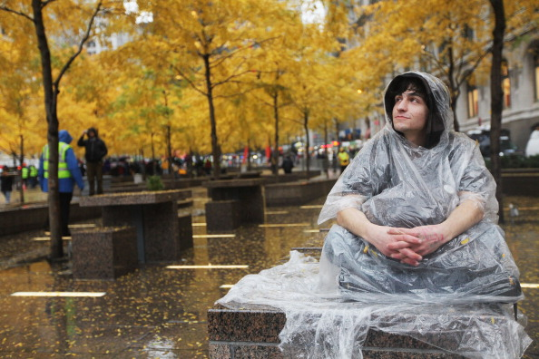 Economy「Occupy Wall Street Camp In Zuccotti Park Cleared By NYPD」:写真・画像(15)[壁紙.com]