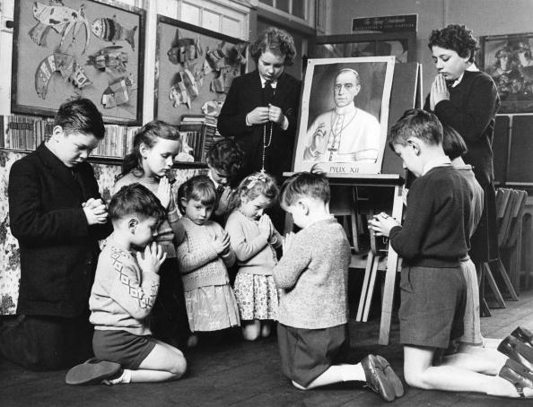 Religion「Prayers For Pius XII」:写真・画像(13)[壁紙.com]