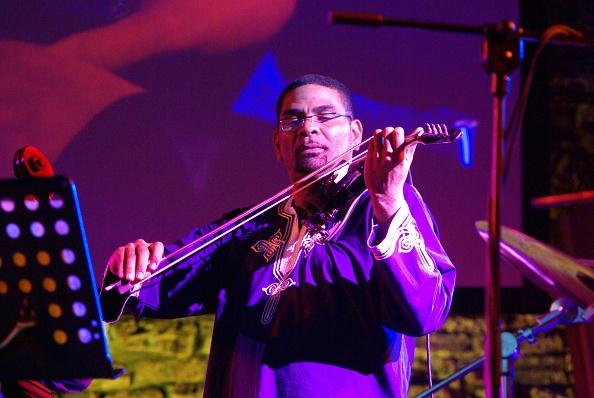 Violin「Omar Puente, Brecon Jazz Festival, Powys, Wales, 2009. Artist: Brian O'Connor」:写真・画像(7)[壁紙.com]