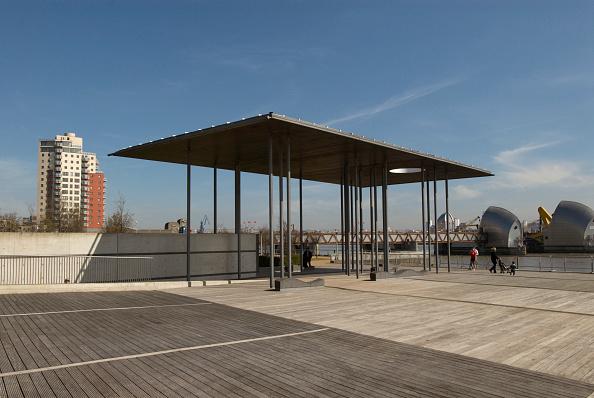 Vitality「Pavilion of Remembrance at the Thames Barrier Park, East London, UK」:写真・画像(15)[壁紙.com]