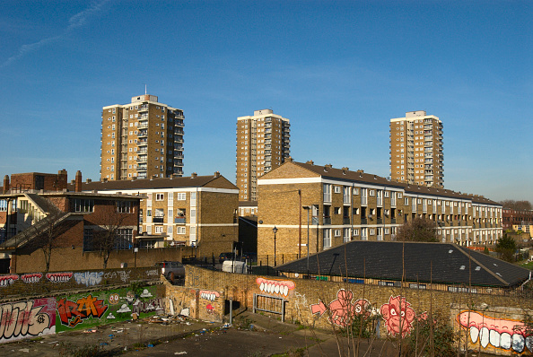 Apartment「Council housing, Bow, London, UK, 2008」:写真・画像(0)[壁紙.com]
