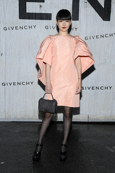 Spring Collection「Givenchy : Front Row - Paris Fashion Week - Womenswear Spring Summer 2020」:写真・画像(17)[壁紙.com]