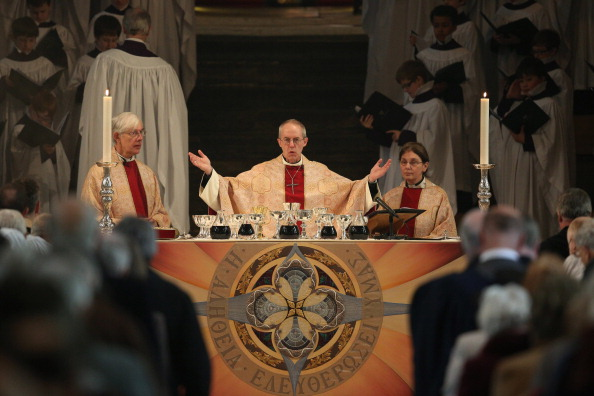Archbishop「The Archbishop Of Canterbury Justin Welby's First Easter Sunday In Office」:写真・画像(16)[壁紙.com]