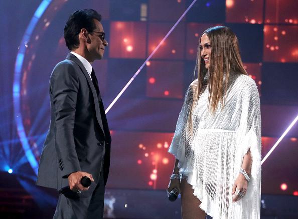 Jennifer Lopez「The 17th Annual Latin Grammy Awards - Show」:写真・画像(19)[壁紙.com]