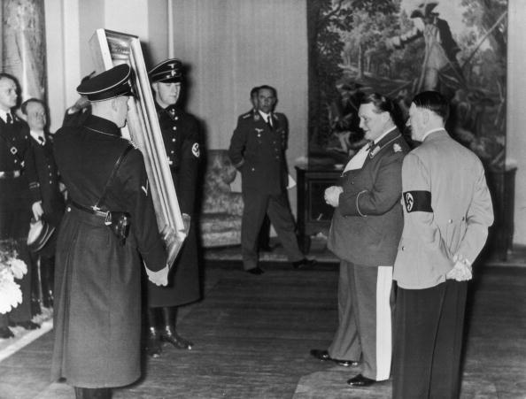 エンタメ総合「Goering's Birthday」:写真・画像(15)[壁紙.com]