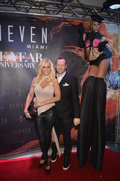 Gustavo Caballero「Jenny McCarthy, Donnie Wahlberg, & Jeff Beacher To Host E11even Miami's 1 Year Anniversary」:写真・画像(16)[壁紙.com]