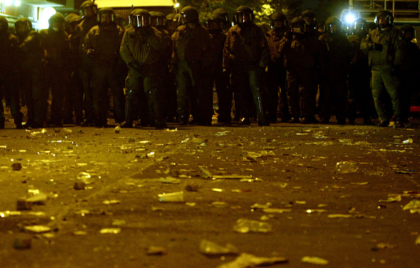 Surface Level「Police And Youth Clash On Walpurgis Night」:写真・画像(9)[壁紙.com]