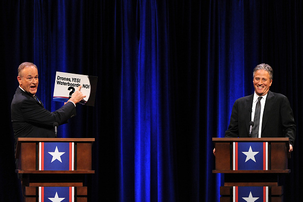 Household Fixture「O'Reilly Vs. Stewart 2012: The Rumble In The Air-Conditioned Auditorium」:写真・画像(11)[壁紙.com]