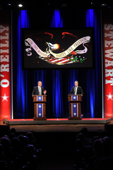 Household Fixture「O'Reilly Vs. Stewart 2012: The Rumble In The Air-Conditioned Auditorium」:写真・画像(10)[壁紙.com]