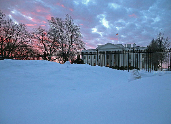 2016 Winter Storm Jonas「Washington, D.C. Area Continues To Dig Out From Historic Snow Storm」:写真・画像(7)[壁紙.com]