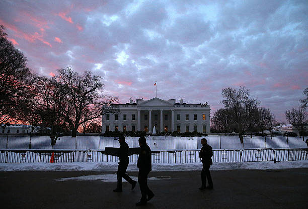 Washington, D.C. Area Continues To Dig Out From Historic Snow Storm:ニュース(壁紙.com)