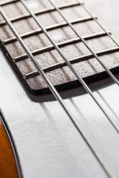 Electric Bass Guitar:スマホ壁紙(壁紙.com)