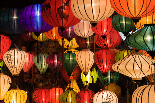 Souvenir「Silk lanterns in Hoi An city, Vietnam」:スマホ壁紙(19)