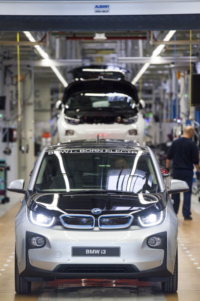 Jens Schlueter「BMW Launches i3 Electric Car Production」:写真・画像(17)[壁紙.com]