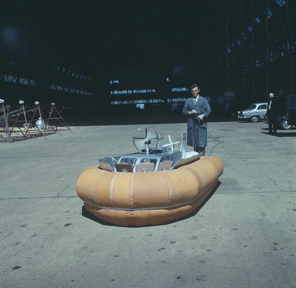 Passenger Craft「Remote Control Hovercraft」:写真・画像(13)[壁紙.com]