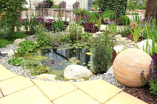 Bunt「Garden scene」:スマホ壁紙(0)