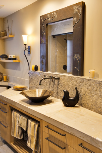 Limestone「Custom Bathroom with Vessel Sink」:スマホ壁紙(10)