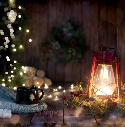 Sepia Toned「Christmas Vintage Lantern on Old Wood Background」:スマホ壁紙(9)