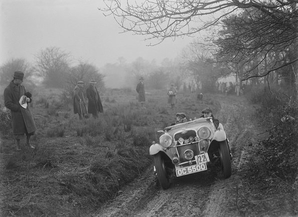 Country Road「Singer of JAM Patrick at the Sunbac Colmore Trial, near Winchcombe, Gloucestershire, 1934」:写真・画像(13)[壁紙.com]