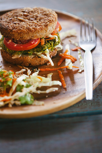 Veggie Burger「Burger for vegetarians. Burger with falafel.」:スマホ壁紙(12)
