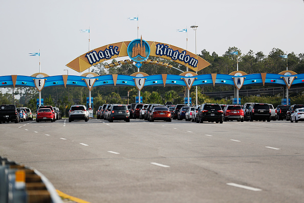 Magic Kingdom「Disney Reopens Its Magic Kingdom and Animal Kingdom Parks」:写真・画像(2)[壁紙.com]