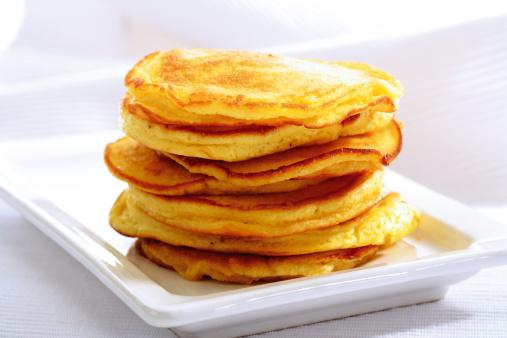 Textile「Pancakes on serving plate」:スマホ壁紙(10)