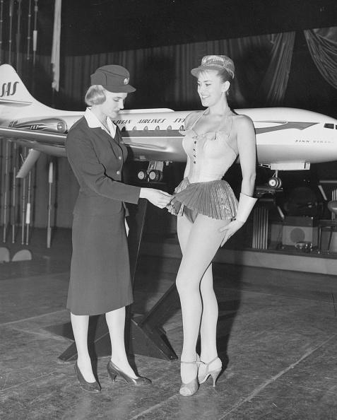 スチュワーデス「Skirt Comparison」:写真・画像(10)[壁紙.com]