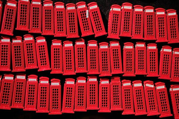 UK, London, Camden Town, telephone booth souvenirs:スマホ壁紙(壁紙.com)