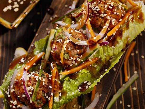 Asian inspired Meatball Lettuce Wrap:スマホ壁紙(壁紙.com)