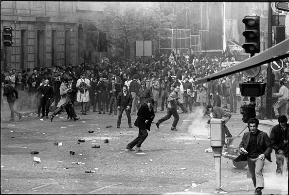 フランス「Student Riot」:写真・画像(17)[壁紙.com]